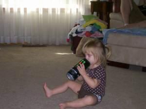 kid-drinking-soda