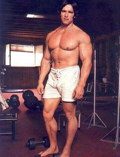 It wasn't always balls to the wall back in Arnold's day. Offseason generally meant getting smaller - not ballooning out like today's bodybuilders.