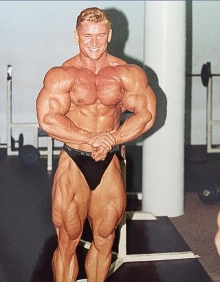 lee priest 20